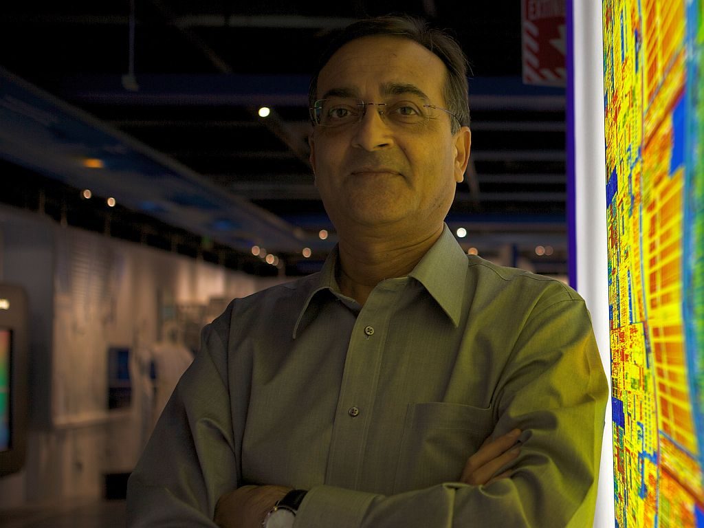 Ajay Bhatt (Foto di Intel Free Press, Creative Commons)
